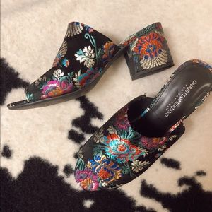 Brand new Christian Siriano heeled shoes.